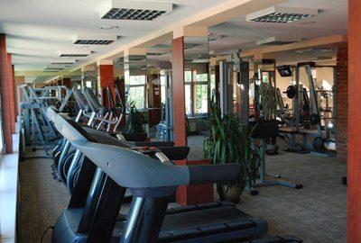 Sporto klubas OAZIS - kardio ir jėgos treniruokliai