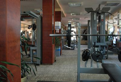Sporto klubas OAZIS - kardio ir jėgos treniruokliai, asmeninės treniruotės