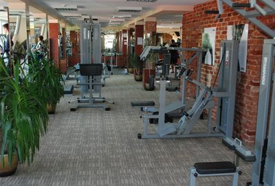 Sporto klubas OAZIS  - asmeninės treniruotės, kardio ir jėgos treniruokliai